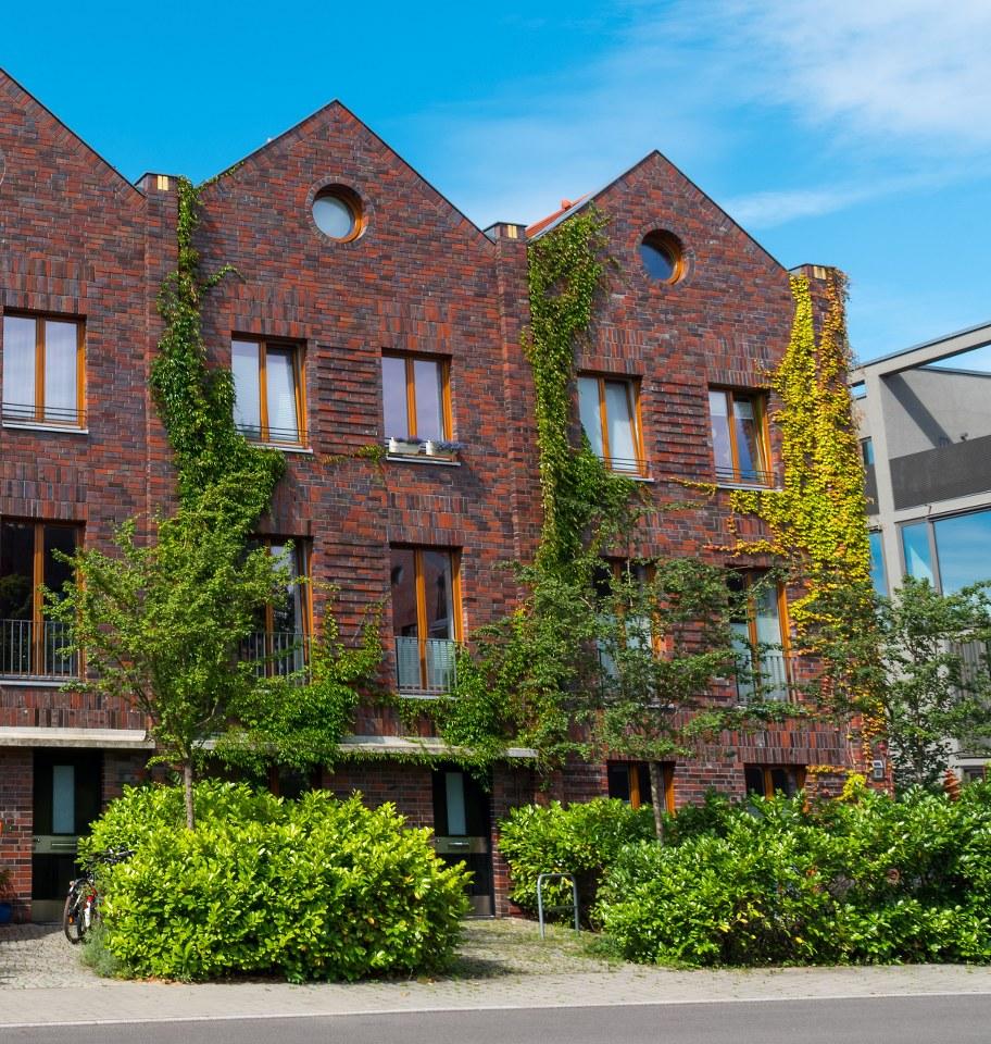 Vs Hunting Ridge Apartments: Townhouse Vs. Duplex